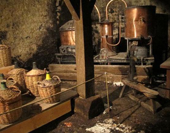 Armagnac-Gelas-&-Fils-distillery