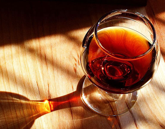 Old-Liqours-Armagnac-Peyrouet-glass-cognac