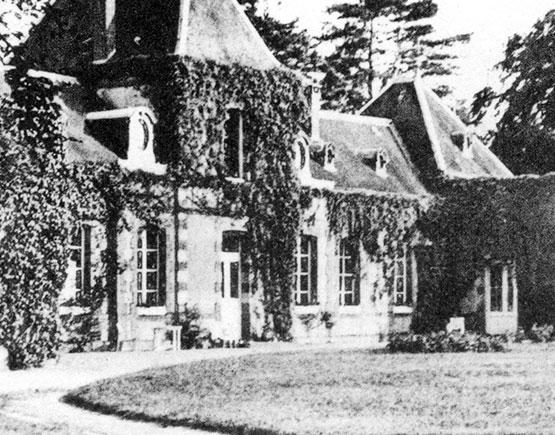 Old-Liqours-Cognac-Roland-Bru-house