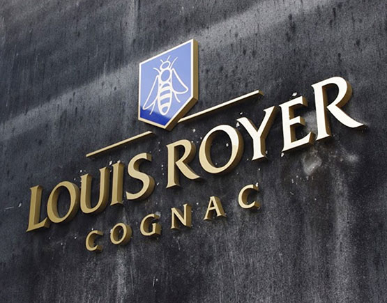Louis Royer Logo building
